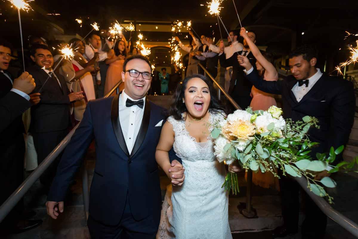 Golf Le Mirage wedding Terrebonne sparklers exit