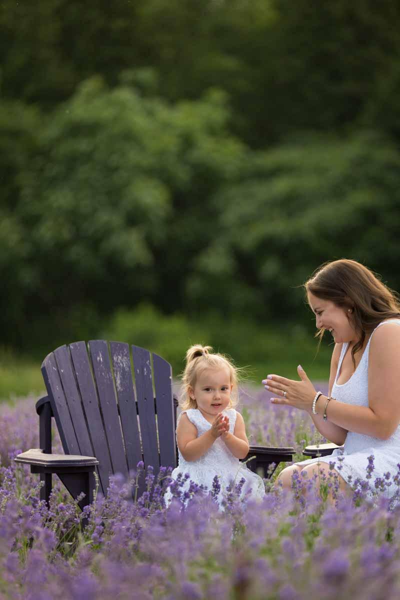 Maison Lavande family portrait session lavender fields – 001