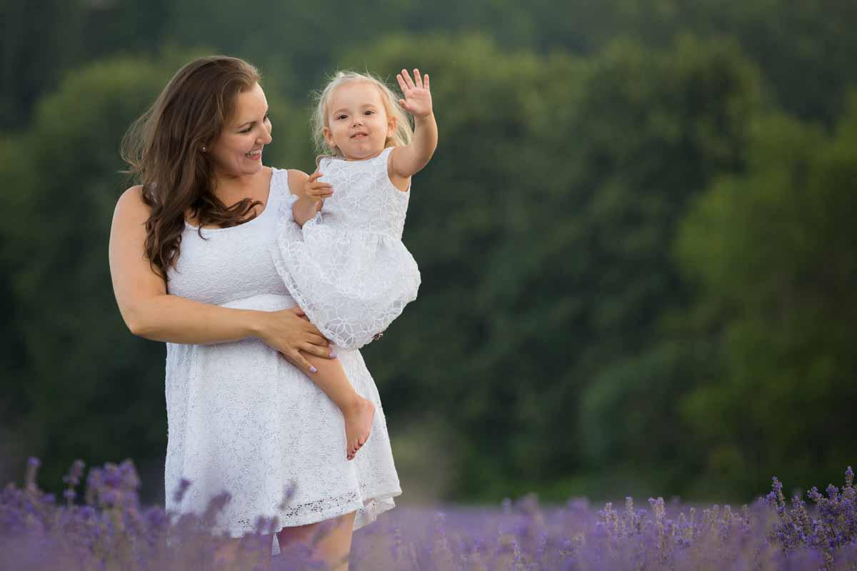 Maison Lavande family portrait session lavender fields – 016