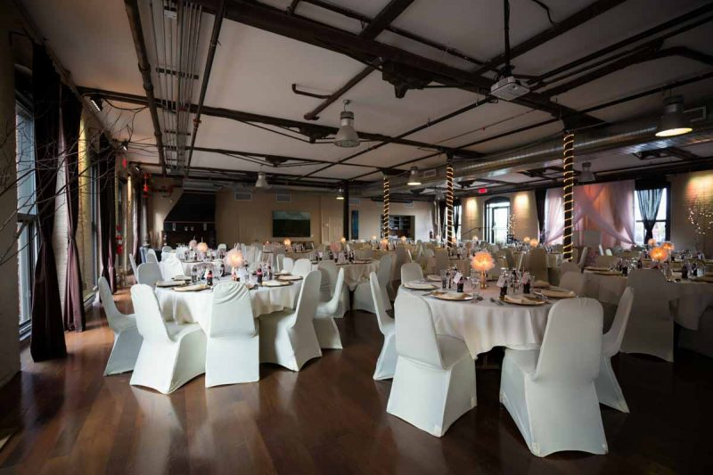 Espace Canal wedding reception decoration