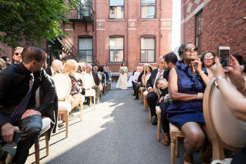 Wedding ceremony at Entrepots Dominion