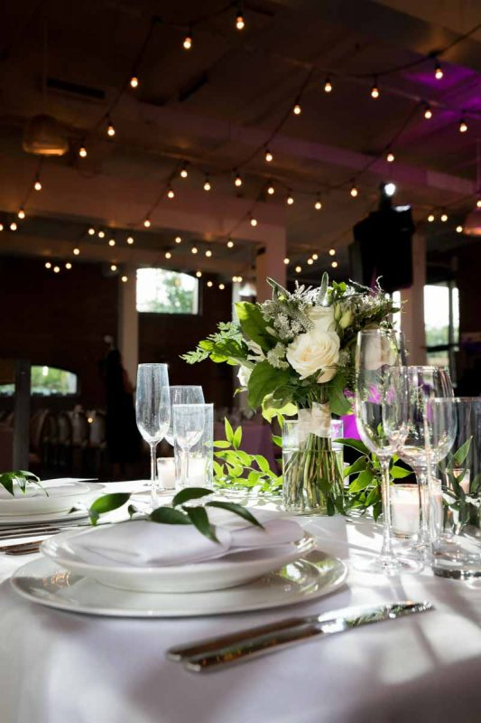 Head table decoration with bridal bouquet